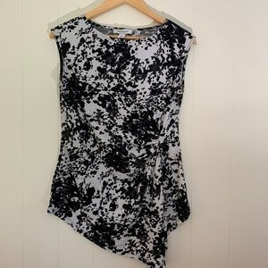 WHBM Floral Side Ruched Blouse Short Sleeve Top-Sm